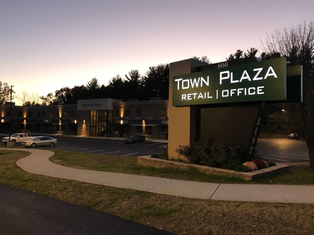 Town Plaza Office Space in Clifton Park, NY